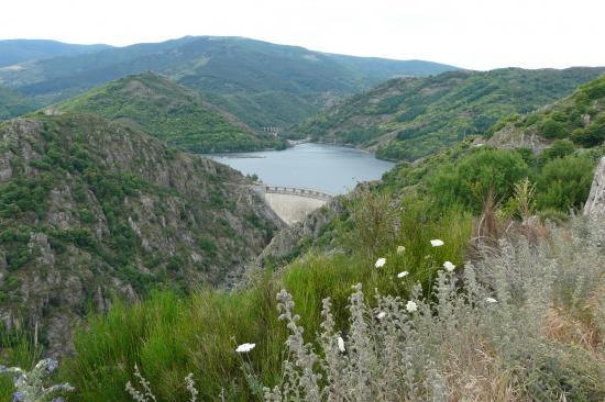 lac barrage de Villefort (lozère)