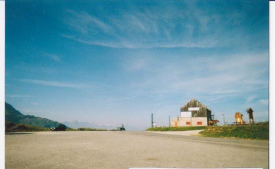 Sommet du col de la Madeleine (07/2003)