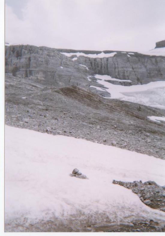 Au loin le Glacier et le couloir d'accès au Ruan - 2005