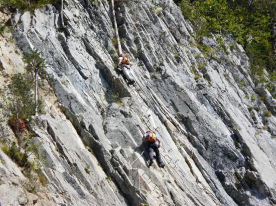 Via de Champéry-suisse-2009