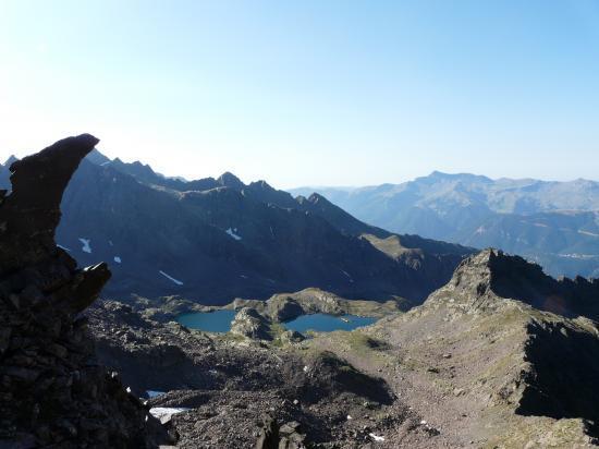 Les lacs de Ténibre depuis la brêche de borgonio