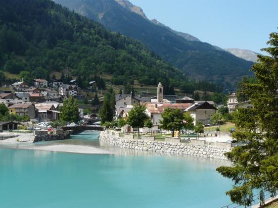 Pietraporzio-village Italien