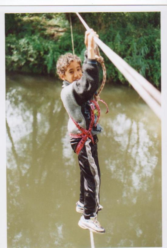 pont de singe sur rivière