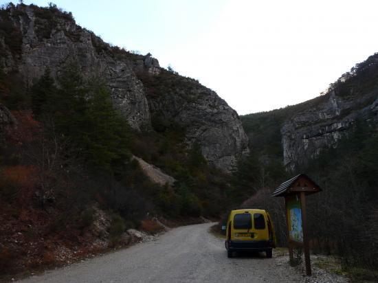 Parking via ferrata des gorges d'Agnielles (05)