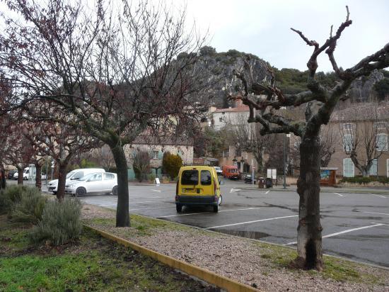 stationnement à Bauduen