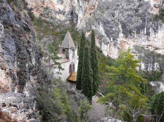 La chapelle vue d'un peu plus haut