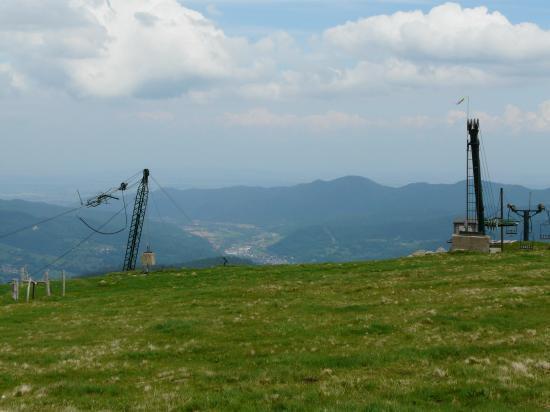 arrivée des télé ski du gaschney (68) au dessus de Munster