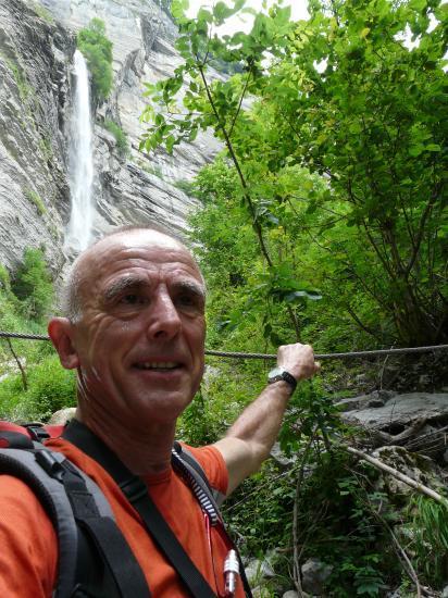 Sur le chemin d' accès à la via juste sous la deuxième cascade