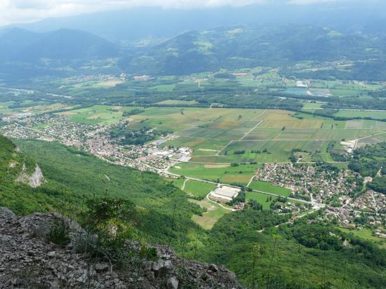 Vallée de l' Isère vue depuis St Hilaire du Touvet
