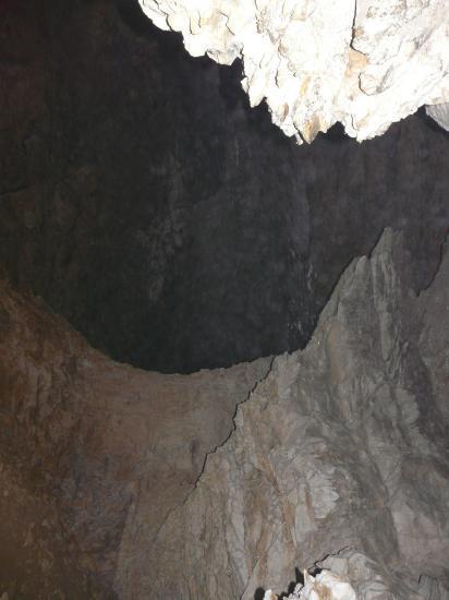 La grotte de Saint Même, 150m à l' intérieur