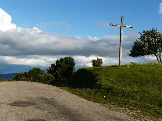 Col de la Biche(Ain) - croix de Famban (faux sommet)