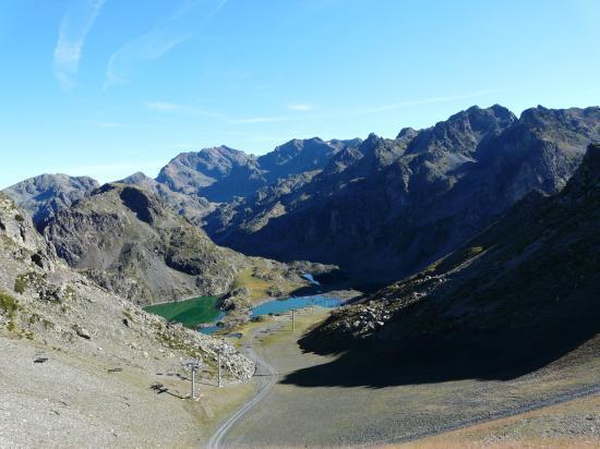 Descente vers les lacs Robert à Chamrousse