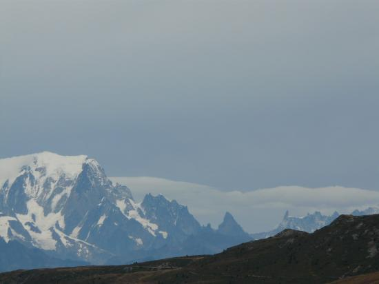 depuis la via du Cochet, vue sur le mont blanc,la dent du géant et les grandes Jorasses