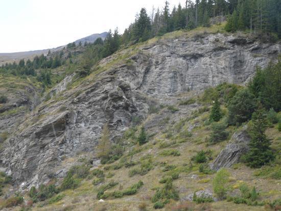 le site de la via du Pichet et son échelle renversée