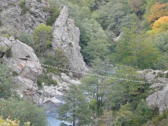 Le site de la via ferrata de Rousses (Lozère)