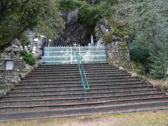 la grotte de Notre Dame du lac