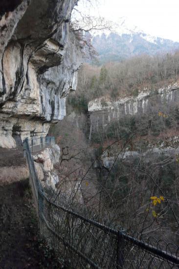 Le cirque des cascades d' Angon