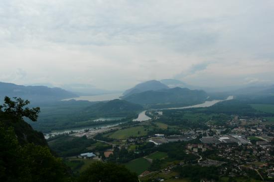 depuis la montée du Grand Colombier, le Rhône, le lac du Bourget et Culoz