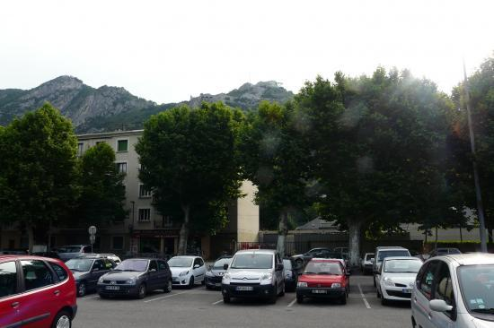 parking de l' esplanade - via de la bastille à grenoble