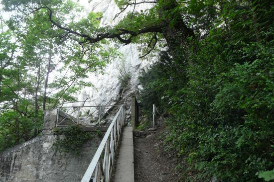 chemin d' accès vers la deuxième partie à la bastille (grenoble)