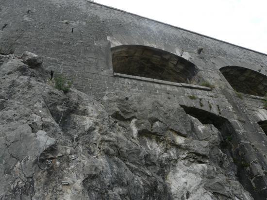 via ferrat de la bastille, arrivée au fort