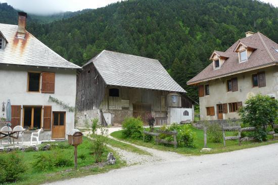 Le hameau de Perquelin à St Pierre de Chartreuse