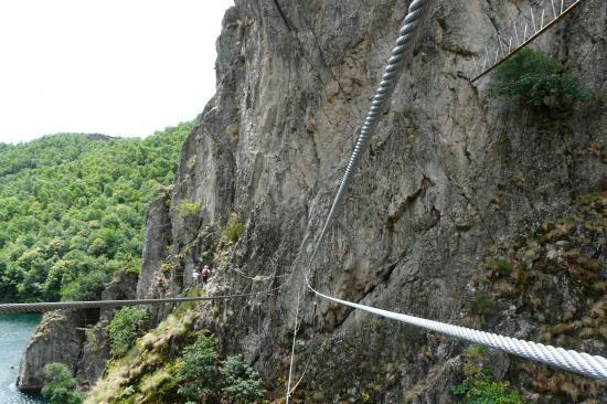 premier pont népalais à Villefort - lozère
