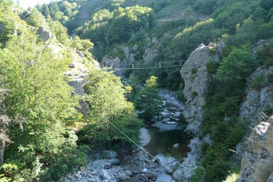 ambiance du site de la via ferrata des Rousses (Lozère)