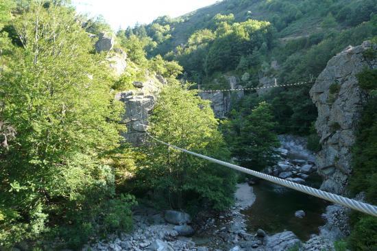 la tyrolienne de Rousses (parcours difficile)