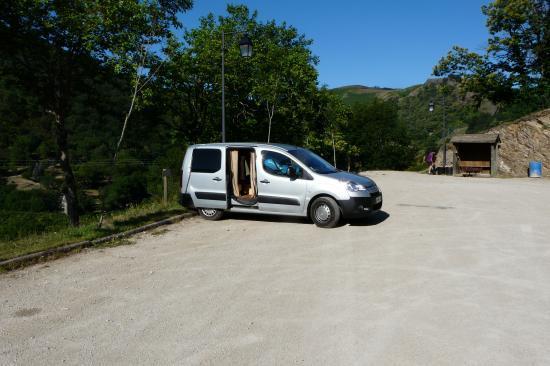 Parking via et canyon (Rousses)