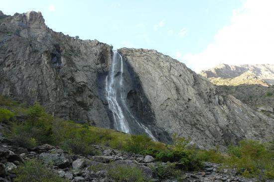 cascade de la Pisse à Mizoen
