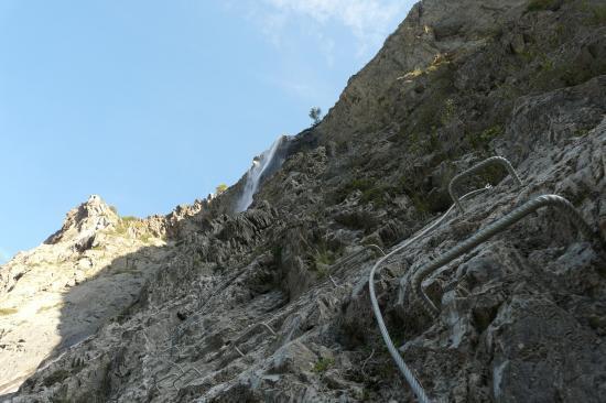 première partie de la via ferrata de la cascade à Mizoen
