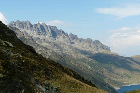 la massif de Belledonne depuis le col du sabot