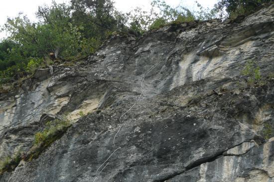 La via ferrata du rocher d' arthouze près d' Orcières-la sortie terminale
