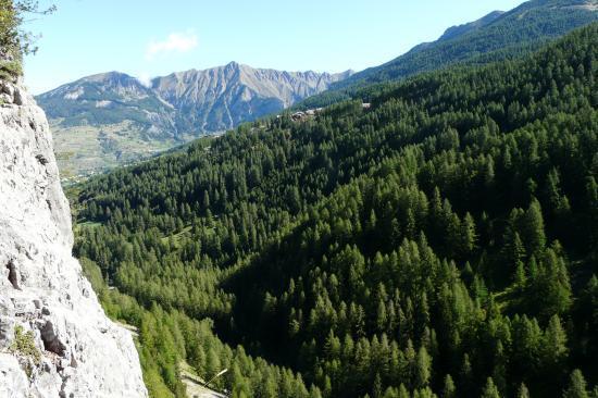 dans la via de la cascade aux Orres, panorama tranquille !