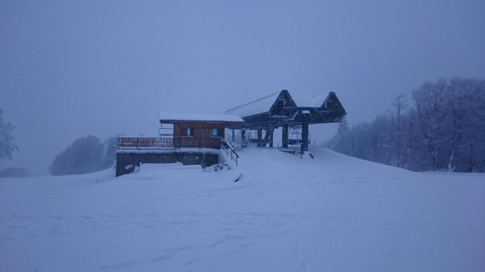 Le haut des pistes de ski du Col de la Schlucht (le domaine est encore fermé en ce début de janvier)