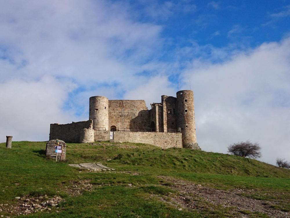 """Château du col de Portes dit """"vaisseau des Cévennes"""""""