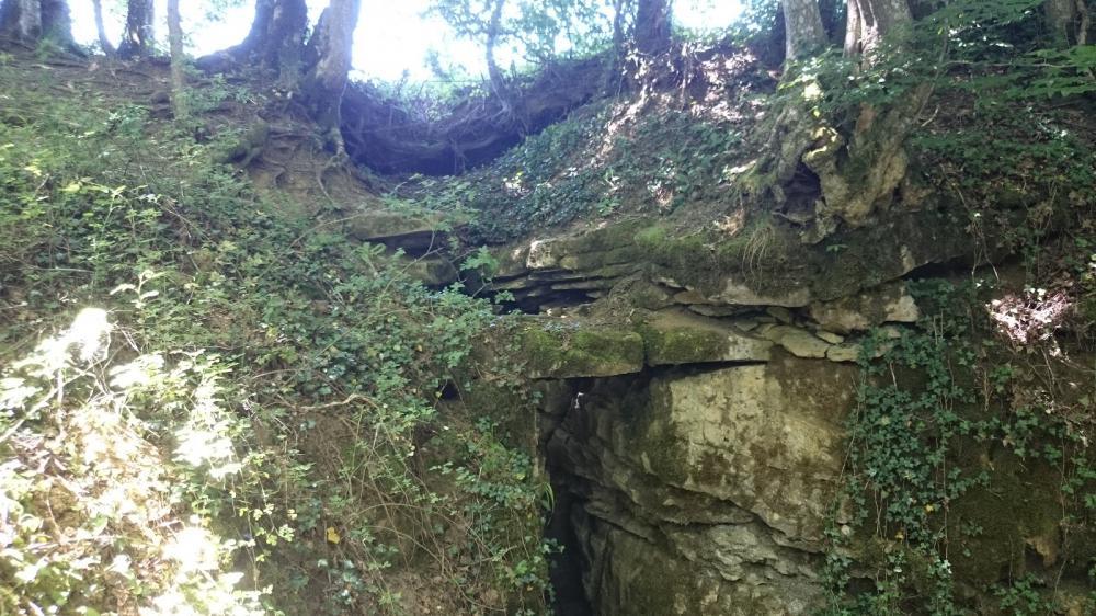 le puits de descente de la Belle Louise à Monrond le Chateau