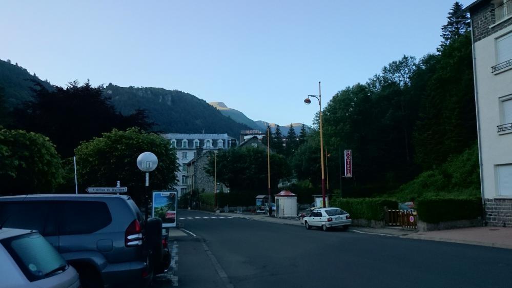 Départ du Mont Dore en direction du Sancy !