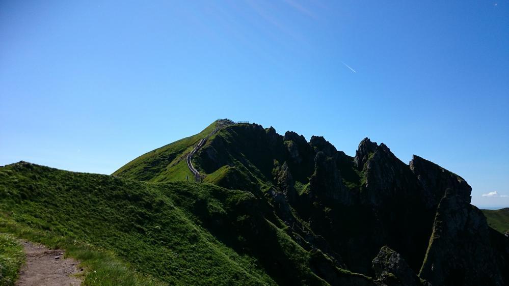 Le Puy de Sancy avec ses escaliers de montée !
