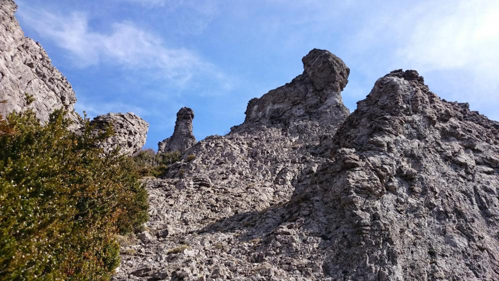 Les rochers ruiniformes de Bugarach