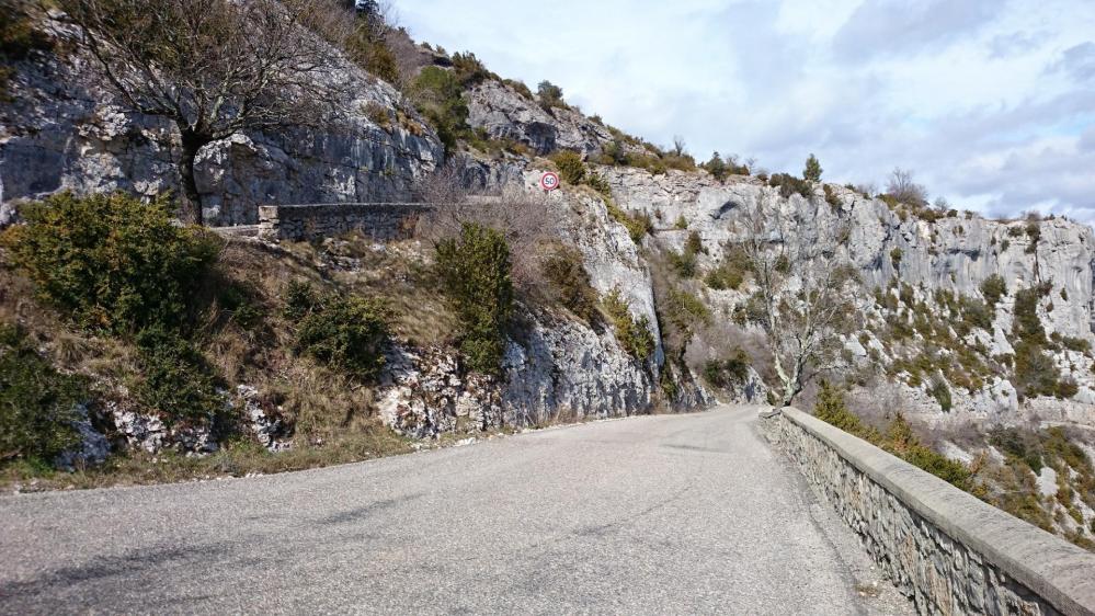 J' approche de la fin de la montée, je serai bientôt au dessus du cirque de Navacelles