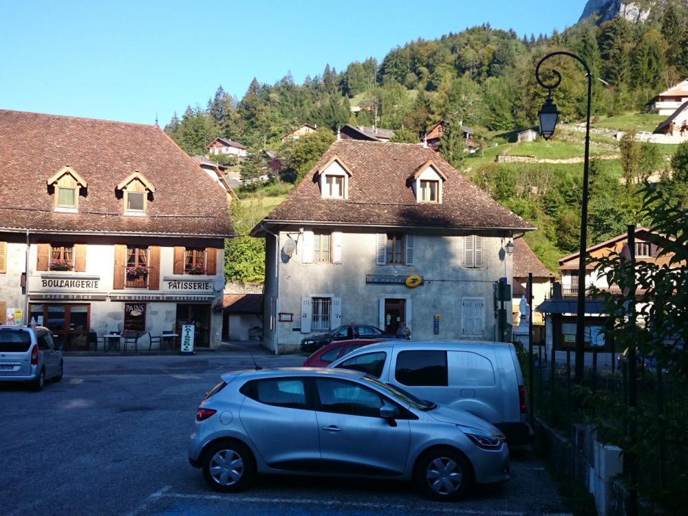 Stationnement de nuit à St Pierre d'Entremont