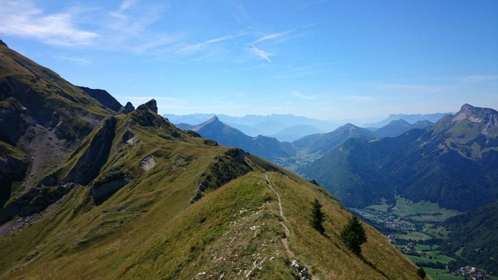 Option sentier de crête avant de monter au Mont Trélod