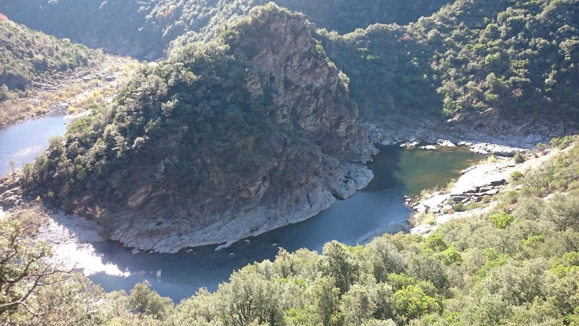 De nouveau le Chassézac Barrage hydro électrique les méandres du Chassézac