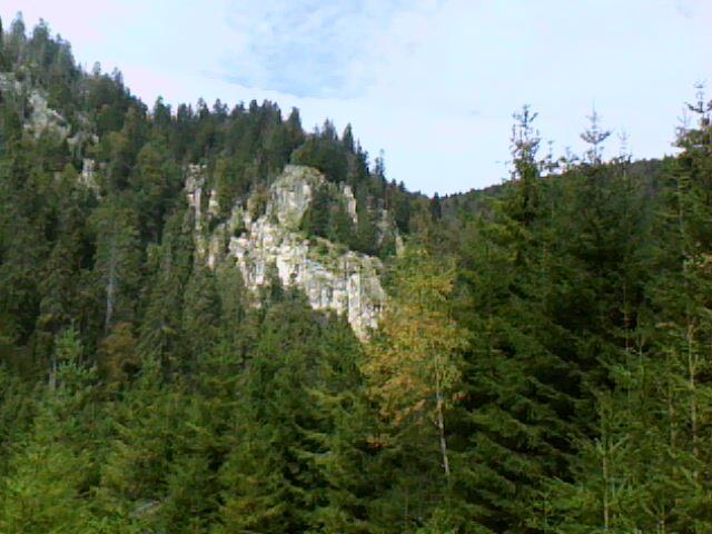 les rochers du Hirschsteine vus d' en face
