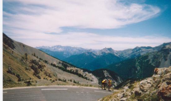 col de l' Izoard (départ de la descente vers Guillestre)(juillet 2003)