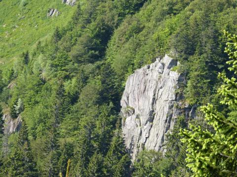 le rocher école du Tanet non concerné par la via ferrata