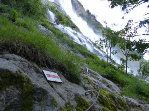 départ de la via de la cascade à Vaujany