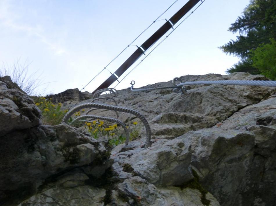 petite verticale pour rejoindre la deuxième passerelle à Vaujany